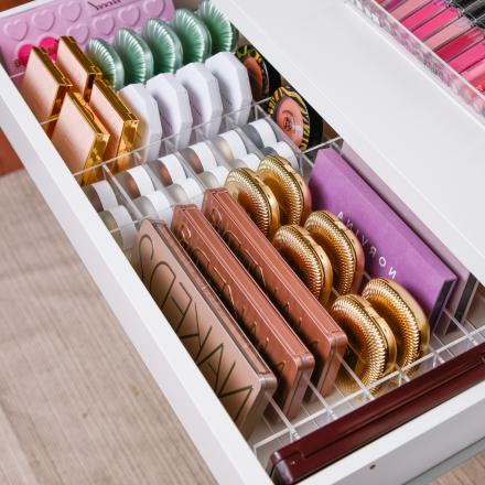 DIVIDERS FOR COSMETICS